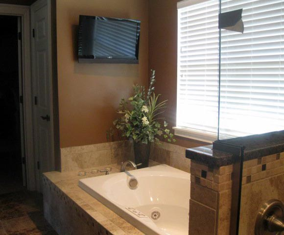 Dayton Carpentry Home Bathroom Remodeling Creative Homeworks Gorgeous Bathroom Remodeling Dayton Ohio Exterior